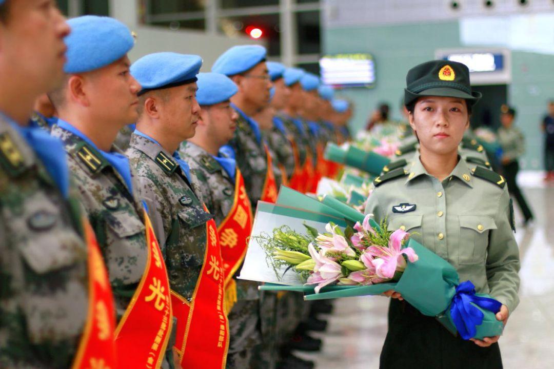 中国第23批赴刚果(金)维和部队在泸州云龙机场启航