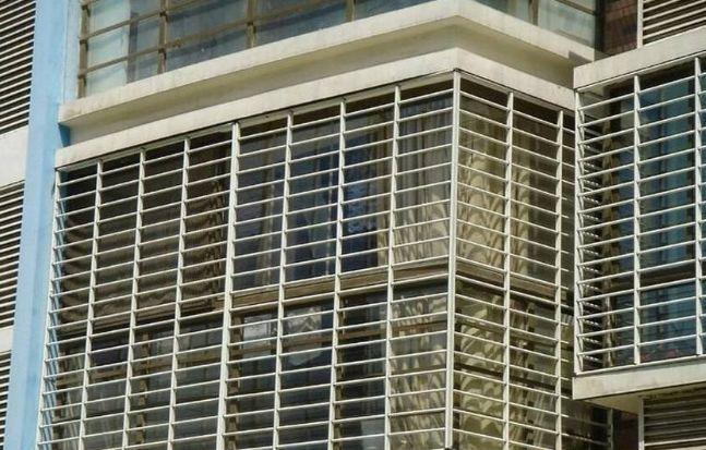 下月实施,泸州临街建筑上可安保险窗了!