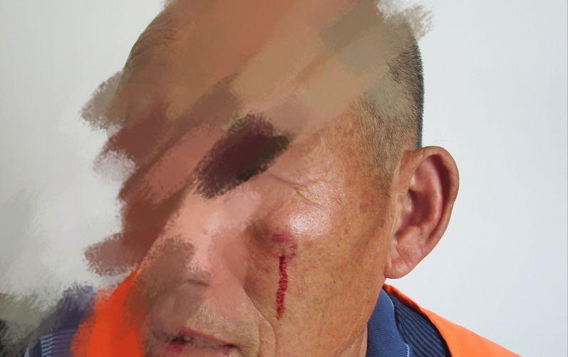 气愤!洛阳1名环卫工老人遭一家3口围殴,不听劝阻还袭警......