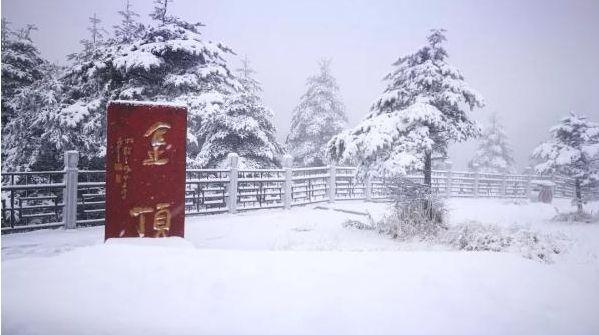 快看,下雪了!2019年�o州冬天的第一�鲅�……