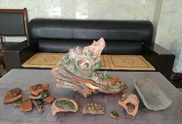 泸州合江果农挖地刨个龙头,疑为隋唐古庙遗址