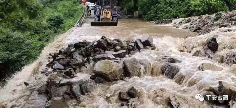 �o州古�A境��G321��道山�w塌方,道路中�啵�正在��修中