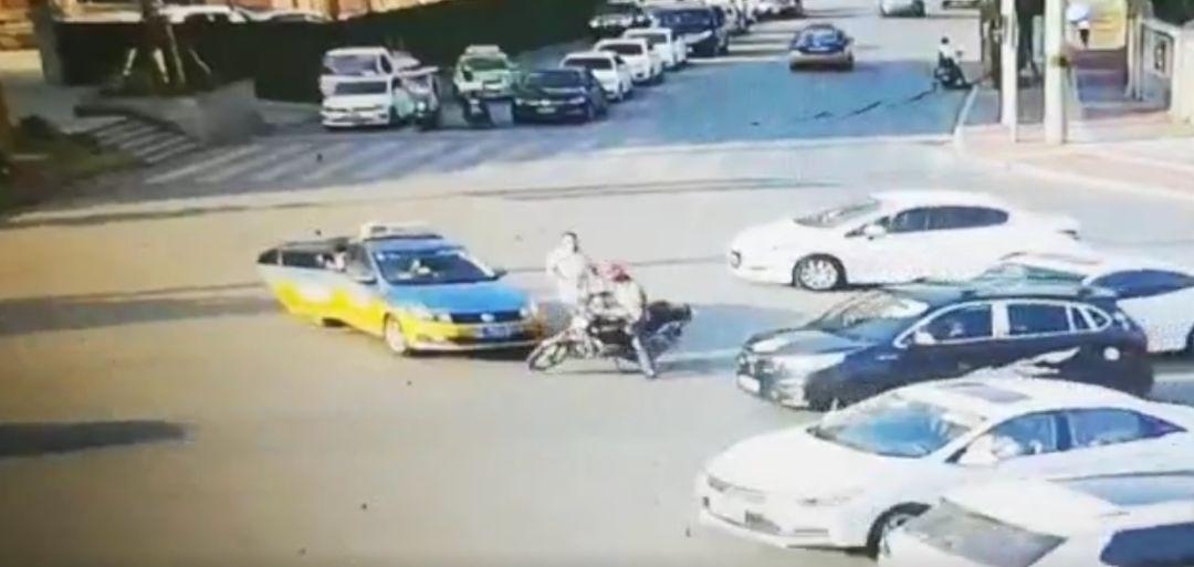 网传泸州古蔺迎宾大道附近发生一起打架事件?最新通报来了!