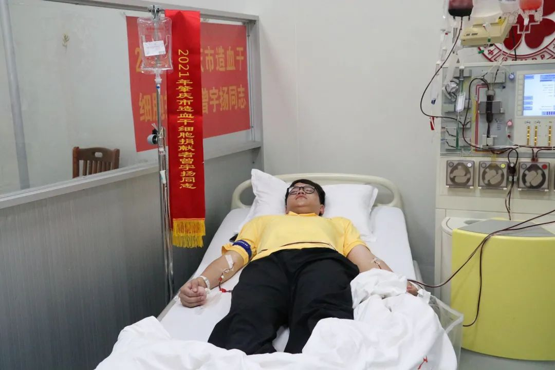 �c�!�V� 一大�W生捐�I造血干�胞挽救19�q女孩!