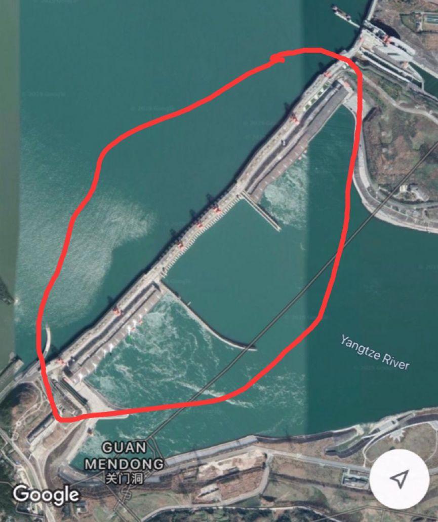"""""""三峡大坝发生变形并可能溃?#21360;保?#32467;果被中国航天看到了……"""