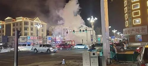 【城事】着火了!昨夜澳门金沙城中心一辆轿车突发自燃,现场火光冲天......