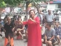 """爱心唱响道德篇——记宝丰县第三届""""道德模范""""王玉珍"""