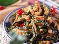 【美食分享】黄瓜干炒肉末:鲜香开胃,简直是下饭神器