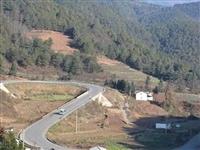 G353国道会东马龙老深沟危险路段,请过往车辆注意观察、谨慎驾驶!