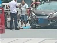 武胜这里发生一起车祸(图)...