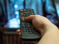 """泗洪人注意:看电视时的这个习惯,可能正在""""谋杀""""你的睡眠!"""
