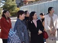 """昆明市妇联到石林县开展第二批星级""""妇女之家""""、""""家长学校""""评估工作"""