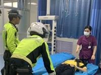 正定交警:男孩突发疾病昏迷交警救助紧急送医