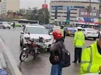城区开车右转不礼让行人,内江这5名司机当场被逮——