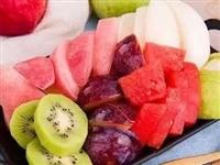 """水果吃多也能""""上火""""?夏季正确吃水果方式来了..."""