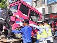 暂扣非标封闭载人电动车41台!望江开展电动车联勤专项整治行动