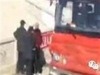 辟谣!网传七台河勃利县一大客车坠入水库,30人遇难为谣言!真相是警方发现一男一女?#27426;?#22312;水下