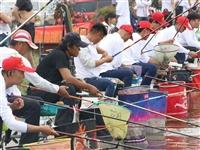 上百人到姜寨钓鱼,牛人三小时钓了122斤!