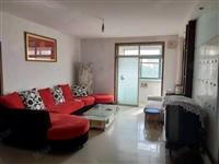同济花苑三室,带储藏室,简单装修,位置优越,可贷款可过户