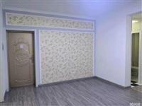 岱岳花园2室1厅,4楼72平精装修。