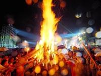 2019中国石林火把狂欢节,正式向您发出邀请?。ǜ交疃ヂ裕? />                                           </div>                                  </a>                             </li>                             <li>                                 <a href=
