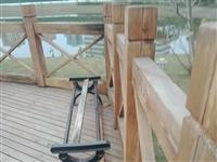 关于东风堰河边长廊路灯开太迟、湿地公园坐凳被损坏、青苗费赔付的问题处理