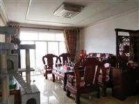 出售公务员小区三房精装修送全屋红木家电家具