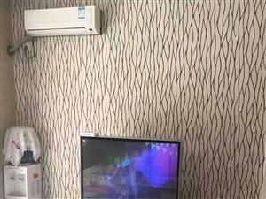 配套床衣柜書桌空調冰箱電視洗衣機寬帶WIF