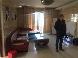 高档社区彼岸城精装三房半,房东自住,第1次出租,看房随时方便