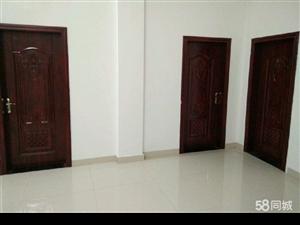 渭社村3室3卫1厅