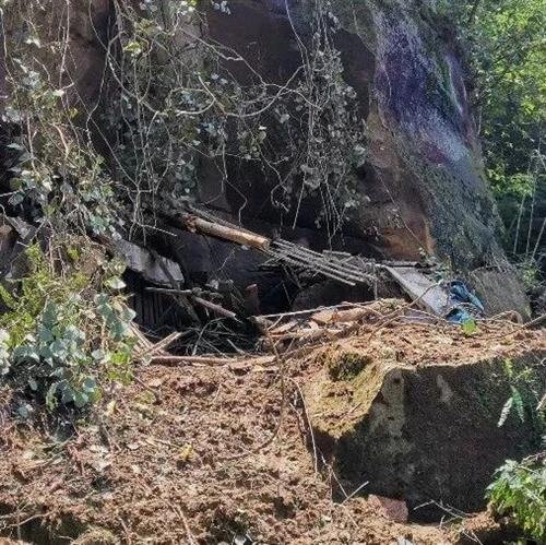 内江威远发生山体崩塌,11名群众安全撤离!