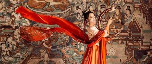 11月23日,来中昂·黔州府看一场国风大秀,传统不远,国潮已来!