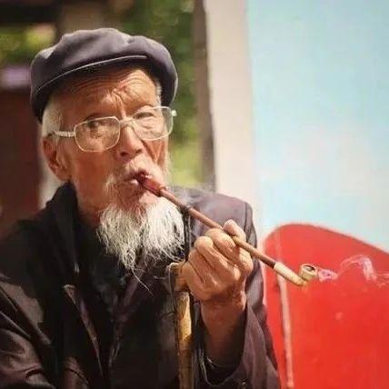 """榕江农村老人所说的""""蜂子搬家,竹子开花"""",到底预示了什么?"""