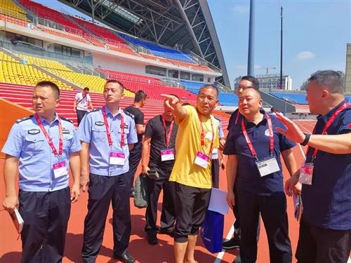 全世界警察和消防员的盛会合江公安助力护航