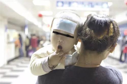 退热贴骗了多少中国父母!国内外指南从未承认过