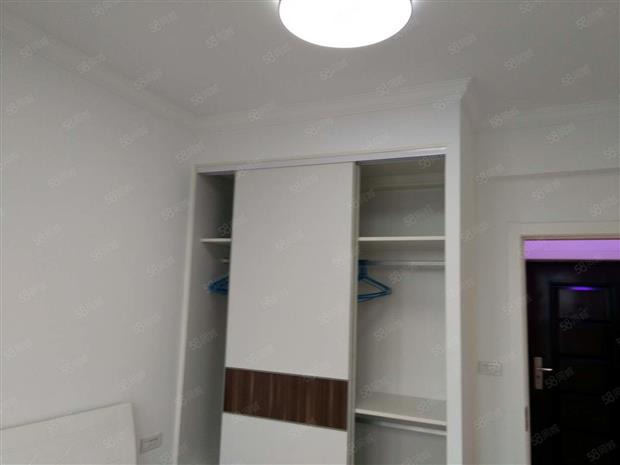 房屋银钻娱乐中心出售,视频图片