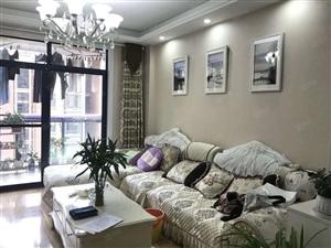 凤形安置区五楼小三室精装房出售,品牌家具家电全送,拎包入住