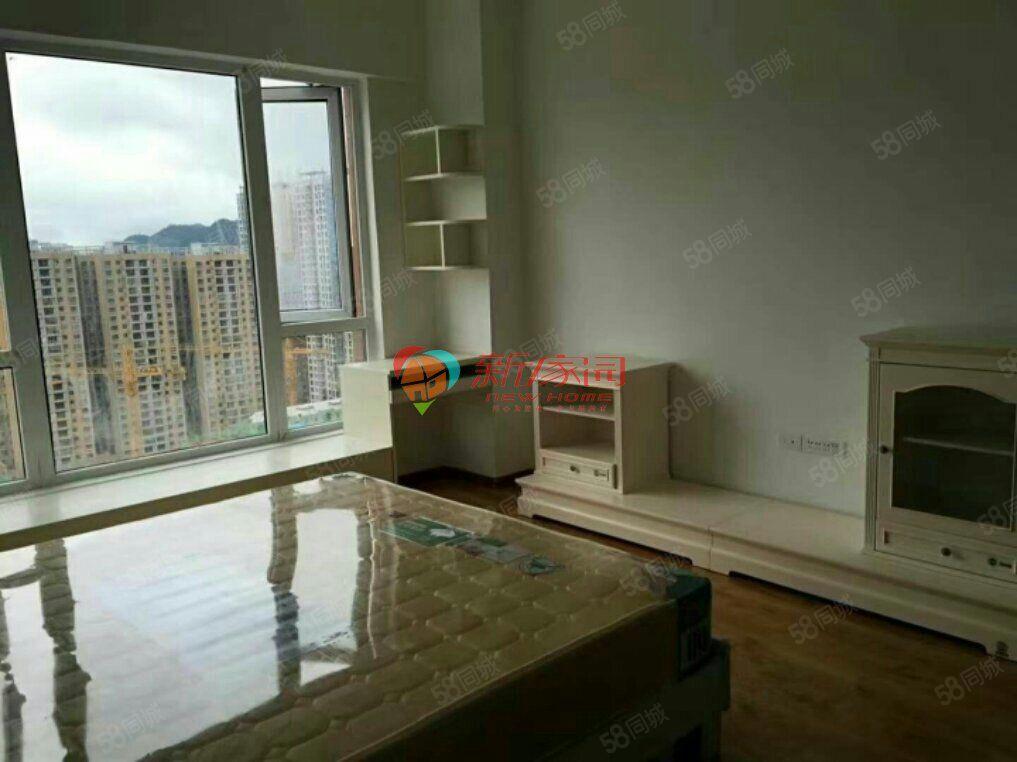 麒龙国际精装修单身公寓拎包入住(两套)