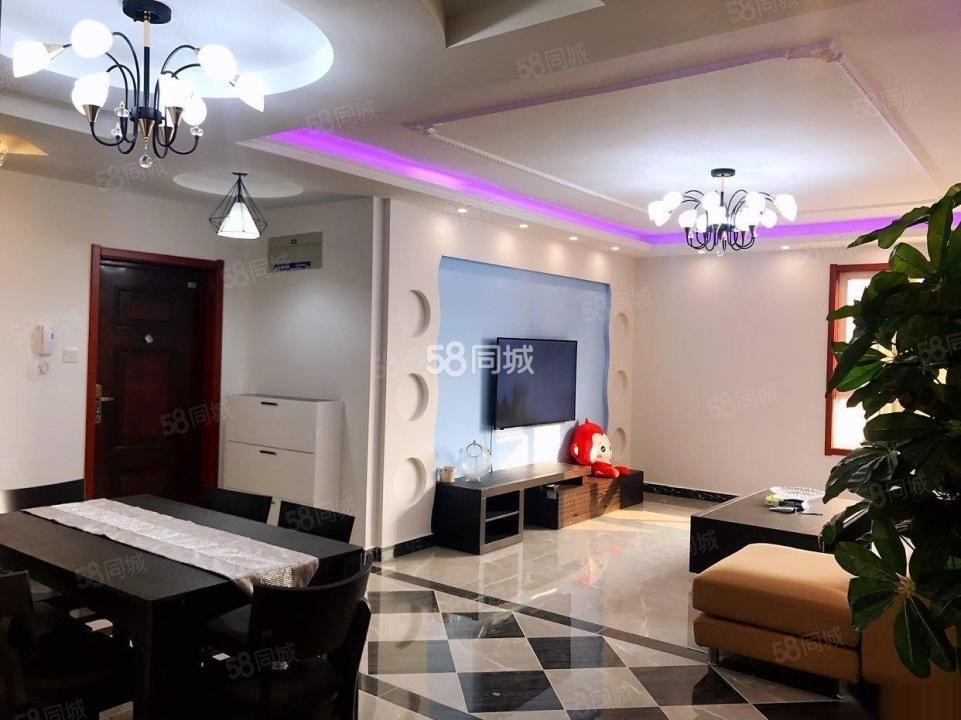 万达附近豪华装丽彩珠泉新城3室拎包入住