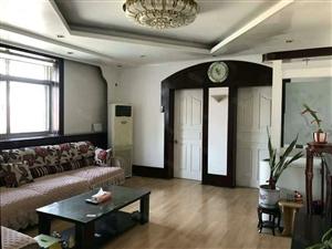 新华路干休所3层,精装,带小房,老证。可贷款