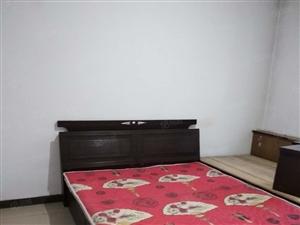 东高中学对面东方名邸小区内三居拎包入住随时看房900每月