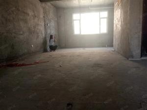 福彩家苑电梯五楼带42平米储藏室带地下车位南实验