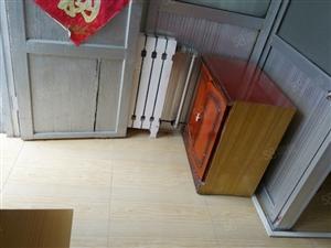 万达广场东沿河公园平房1室1卫空调太阳能暖气宽带床
