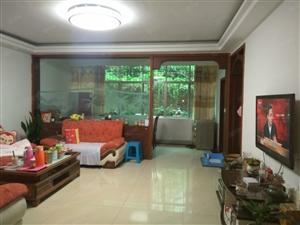 成龙街小区房2楼2室2厅2卫精装修家具电器齐全拎包入住