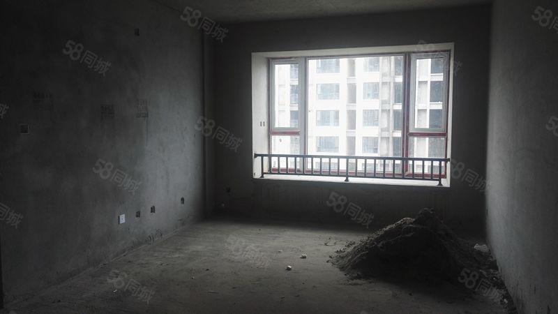 ZT006474万达旁华庭3室2卫首付只要55万