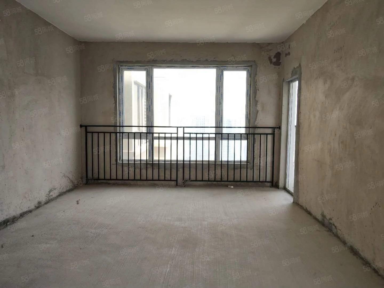 万山区生态文明城市万和新城好房市场超低,价三室两厅高端小区