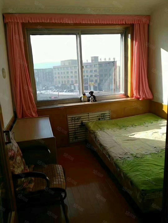 紧邻南山早市,5楼57平19万,首付低,一中,西门学区,便宜