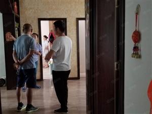 阜南县政府对面北苑小区二楼边户有证满2随时过户玉泉