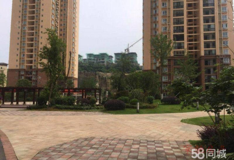 万山仁山公园4室2厅2卫公园式居住环境带车位出售