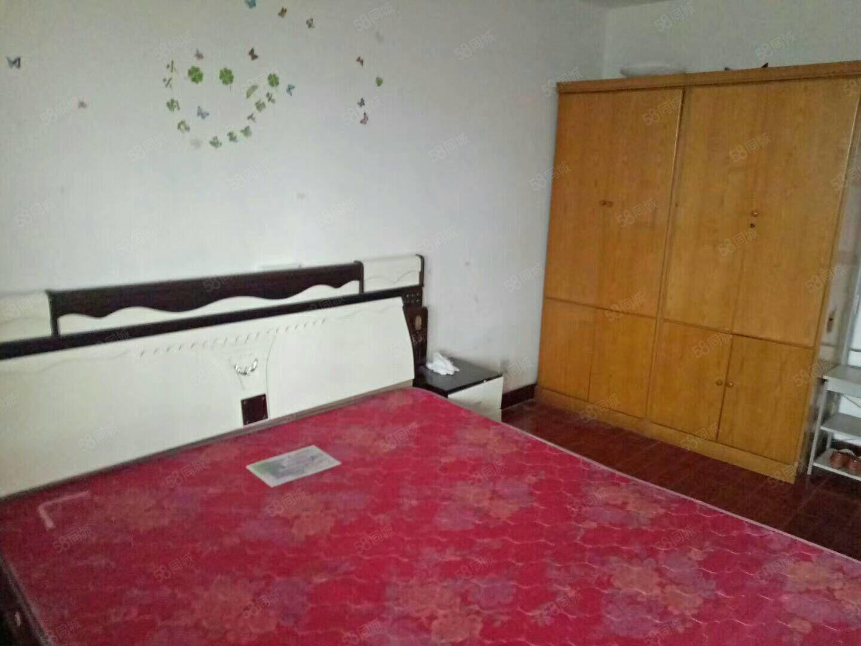 急租梦圆南区好楼层3室一厅家具家电供暖拎包入住1200有钥匙